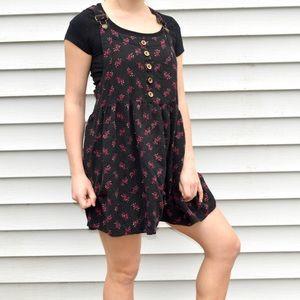 Black With Flowers Buckle Dress XL